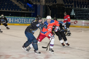 IceBusiness vs HoDev 20140220-202011 2693