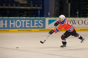 IceBusiness vs HoDev 20140220-203527 2736